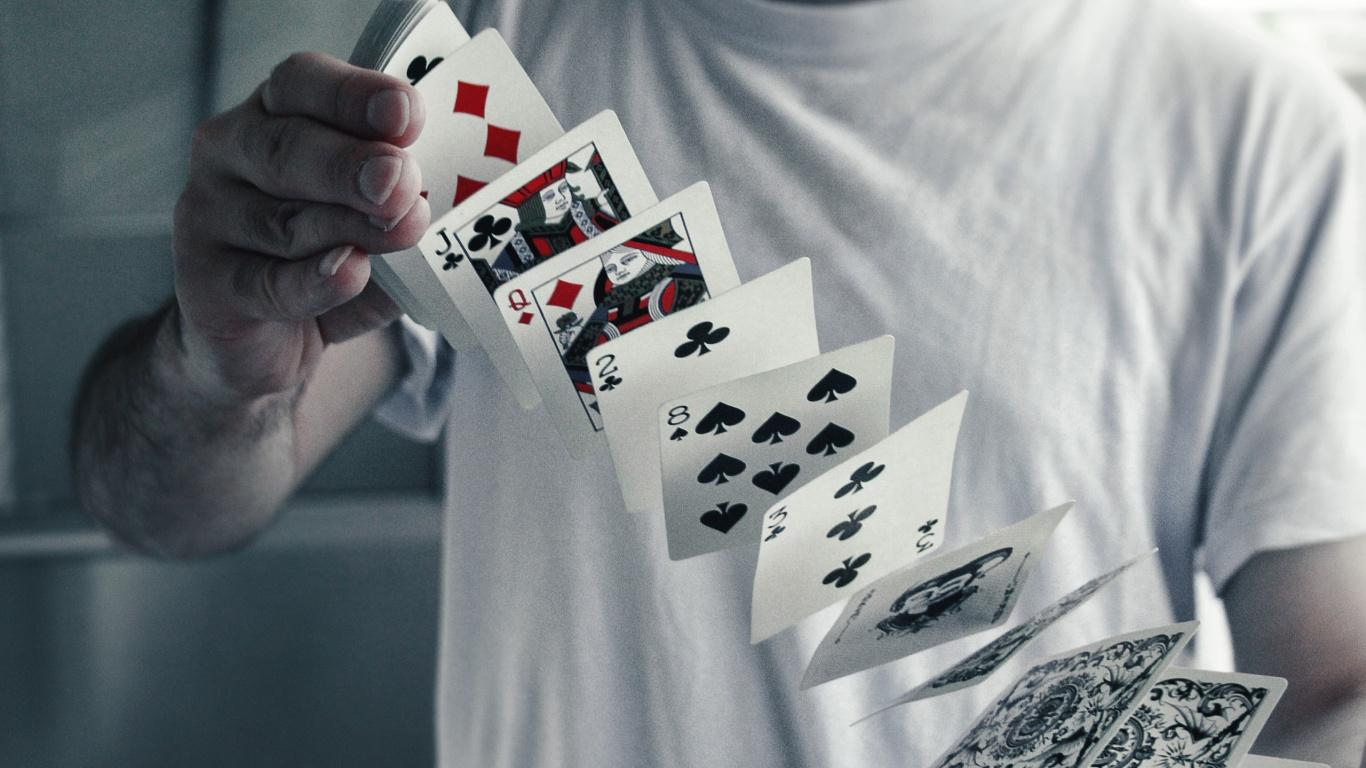 Inilah Kelebihan Bermain di Situs Poker Judi Online Terpercaya