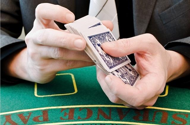 Poker Deposit 5 Ramai Penggemar dengan Strategi Baru