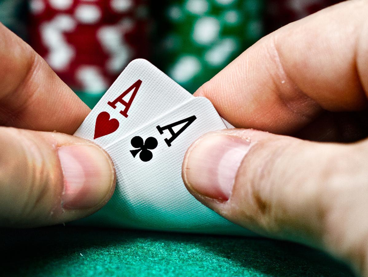 Keuntungan Bermain Poker Jika di Situs yang Resmi