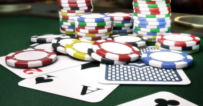 Alasannya lebih mudah dimenangkan di situs uang poker online